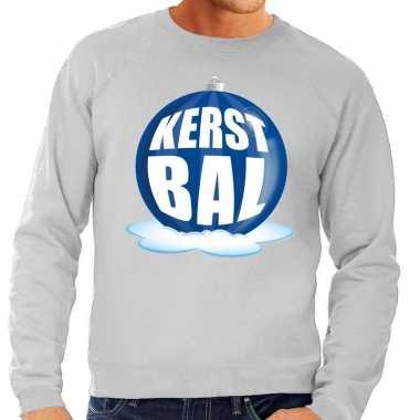 Foute kersttrui kerstbal blauw op grijze sweater heren